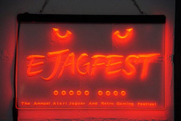 "Neon-Leuchte, Männerquatsch Podcast [Bonusfolge #06] Ausflug: European Atari Jaguar Festival ""ejagfest 2018"""