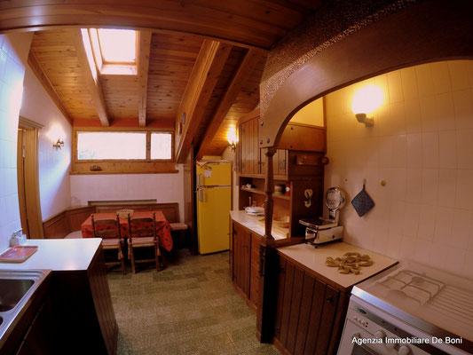 Cucina - Attico di pregio a Pecol, Cortina d'Ampezzo