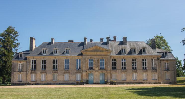 Château de la Fresnaye  in Falaise