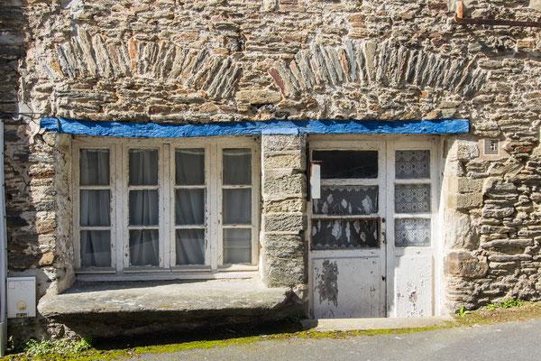 Reste des alten Saint Lô – mittelalterliche Häuser, leider in schlechtem baulichen Zustand.