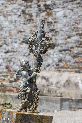 Friedhofs-Impression vom alten Friedhof in Saint-Germain-sur-Ay