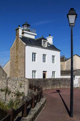 Leuchtturm am Haus in Barfleur