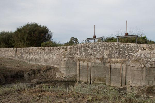 Die Portes à Flots halten das Meerwasser vom Landesinneren fern.