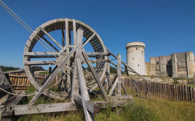 Viel zu sehen gibt es in der äußeren Burganlage in Falaise.