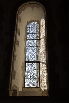 Wunbderschön-schlichte Fenster im Refektorium