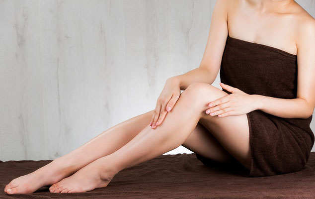 Schmerzarme Haarentfernung dank Sugaring im Kosmetikstudio Hautnah Leun
