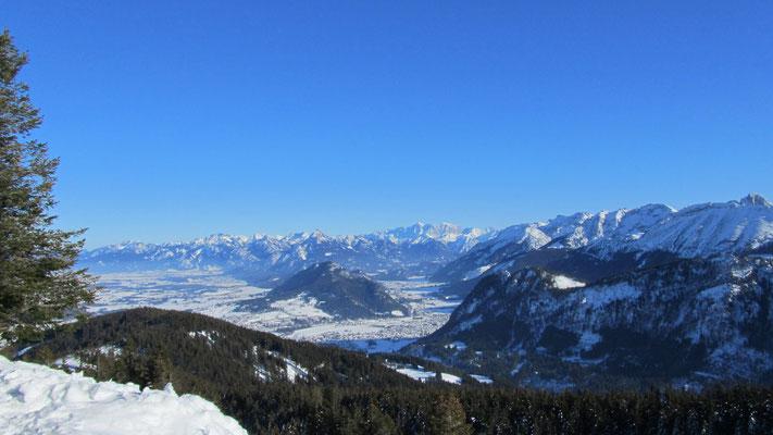 Blick vom Edelsberg in Richtung Osten