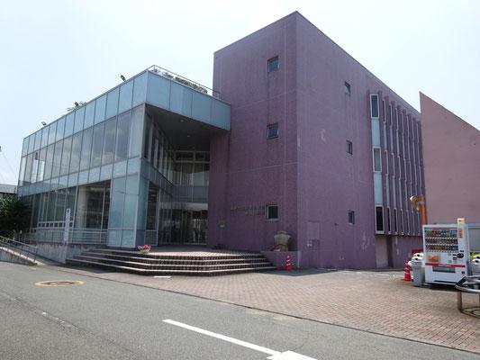 裾野市立鈴木図書館まで約1.1km