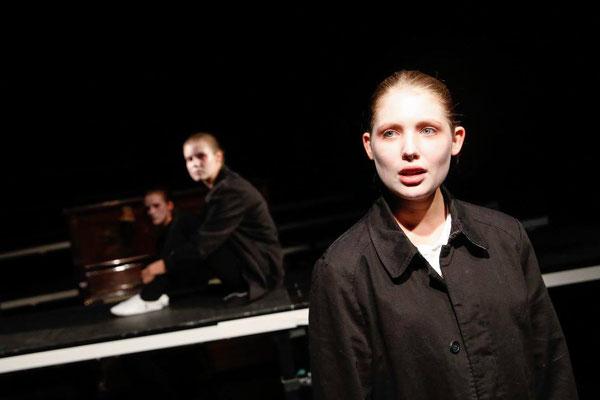 """© Barbara Pálffy / """"Said und der Papst"""" / Theater Spielraum / Regie: Matti Melchinger"""