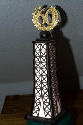 .. und mit schwarzem Royal Icing verziert