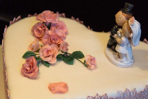 Rosen auf der Torte