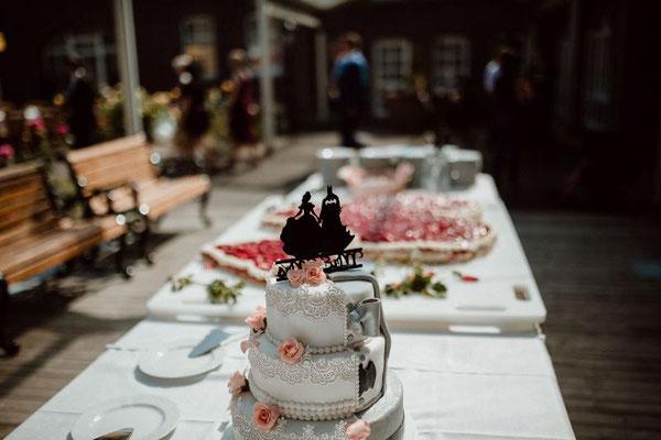 Das Kuchenbuffet mit Traumtorte