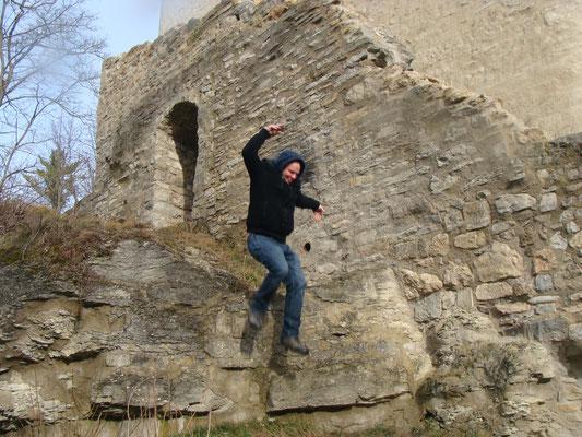 Wer es etwas aufregender mag und den Kopf frei bekommen möchte, kann sich auf Klettertour begeben. Autoren-Free-climbing mit Ronny Ritze kann zwischendurch gebucht werden.