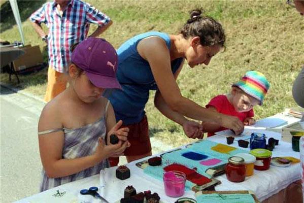 Kunsthandwerker gab es in allen Altersklassen.