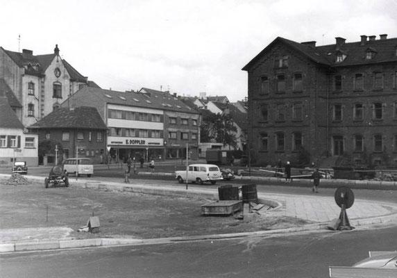 Marktplatz Dudweiler, 1965, Marktschule, WC-Haus, Schule Scheidter Str.
