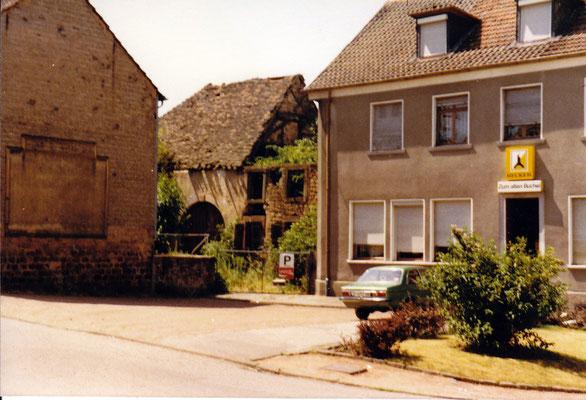 Dudweiler um 1975, Büchelstraße mit Alter Scheuer