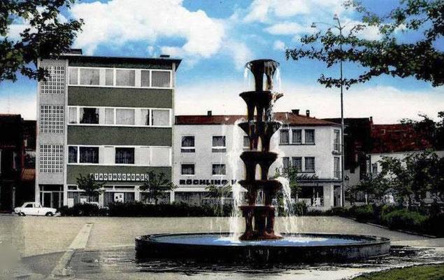Schulhof Marktschule mit Brunnen (Näätzröllje) 1971