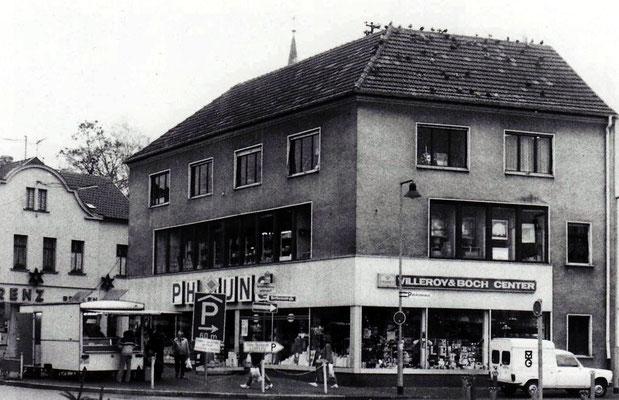 Dudweiler Markt um 1983, Geschäft von Philipp Jung, Rostwurstbude von Schöpflin