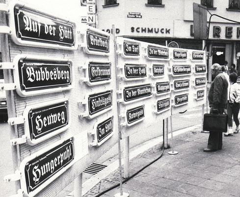 Dudweiler, historische Straßenschilder