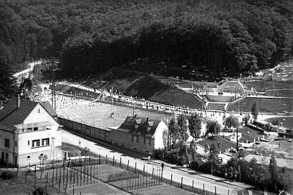 Dudweiler um 1960, Freibad an der St. Ingberter Straße
