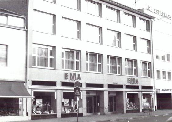Markplatz Dudweiler, ca. 1981, mit EMA-Kaufhaus