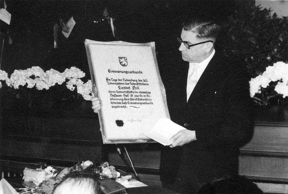 Bürgermeister Mühlenberg 80. Geburtstag von Liesbet Dill