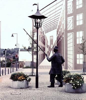 Dudweiler Markt mit Denkmal