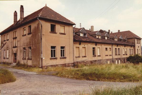 Dudweiler, Albertstaße, Altes Schlafhaus kurz vorm Abriss 1985