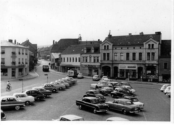 Dudweiler Markt 1964, Grubenapotheke, Foto Hönemann, Eiscafe Bernard, Samen Hauck