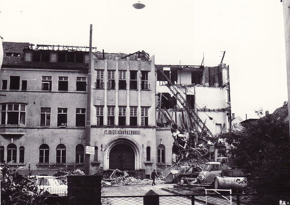 Abrissarbeiten St. Josef-Krankenhaus Dudweiler 1966