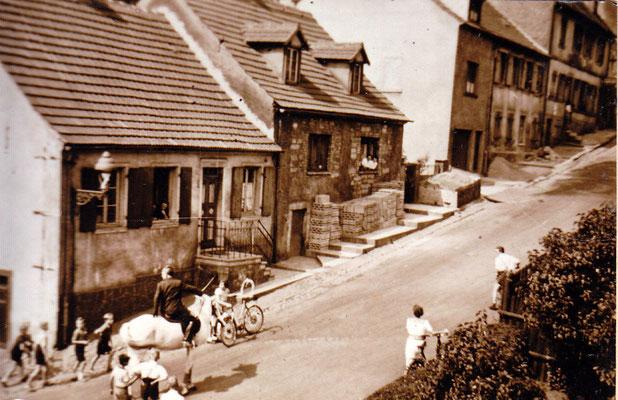 Jägersfreude, Schulstraße.   Foto: Archiv Wahl, Slg. Haag