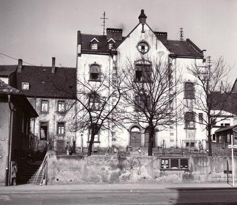 Dudweiler um 1955, Schule Scheidter Straße, Rückseite zur Beethovenstraße