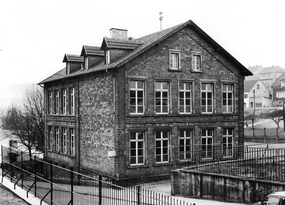 Herrensohr, Petrusstraße, Petrusschule