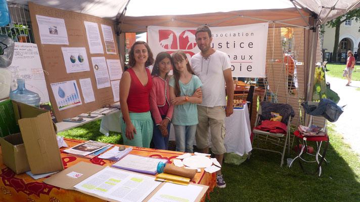Stand à l'Ecofestif': nos supers militants !