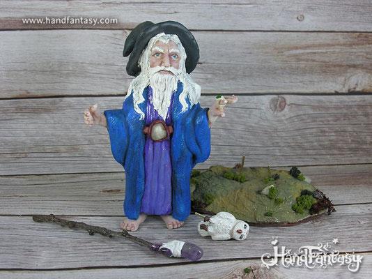 Figura de Mago Merlín, mago Merlín figura artesanal, mago merlin escultura hecha a mano artesana