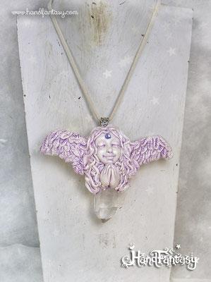 Colgante Ángel con punta de cristal de Cuarzo. Angelito con cristales, Colgante ángel de la guarda, collar de ángel, ángel con cuarzo