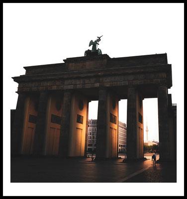 brandenburger tor premium poster - berlin - stadt fotografie - city - sonne