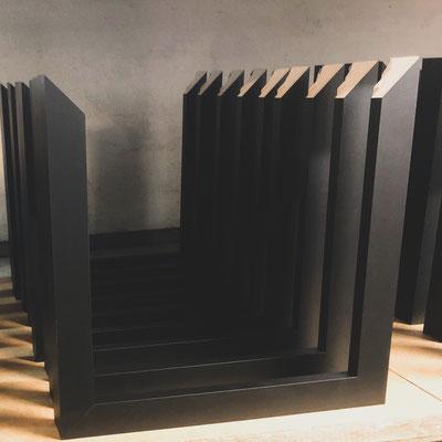 4onepictures produktion bilderrahmen - handgemacht - made in germany - schwarze holz bilderrahmen