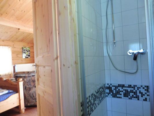 neue Dusche im Blockhaus 01