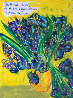 Der Himmel scheint durch die blauen Blumen hindurchzufliessen