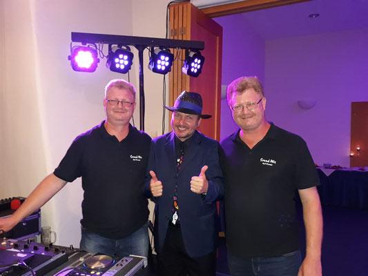 Sound - Mix DJ Team @ Goldene Hochzeit mit Julian den Magier