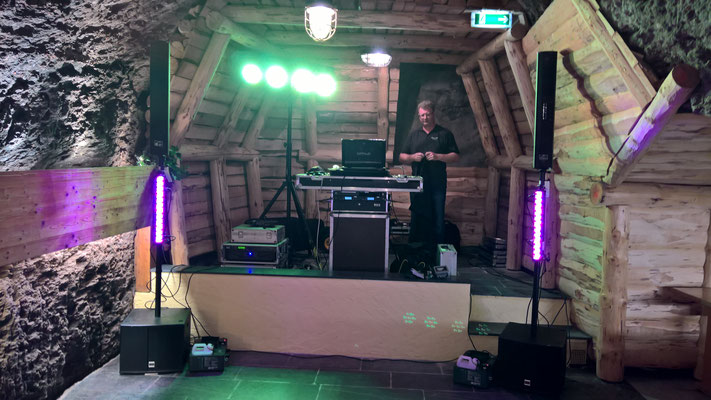 Sound - Mix DJ Team @ Felsenkeller Lay Haus Limbach Oberfrohna