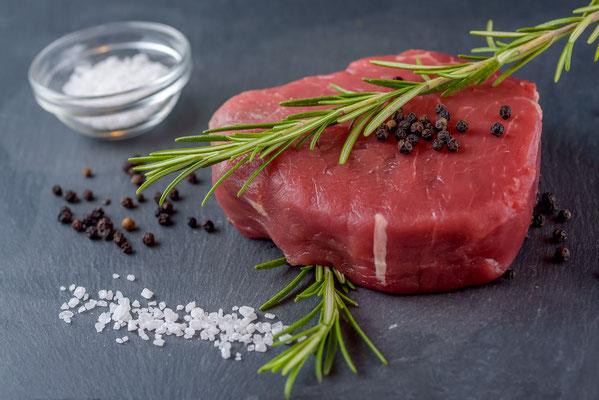 Gasthaus zum Hirschen / Produkt Fotografie für Kampangne / Steak