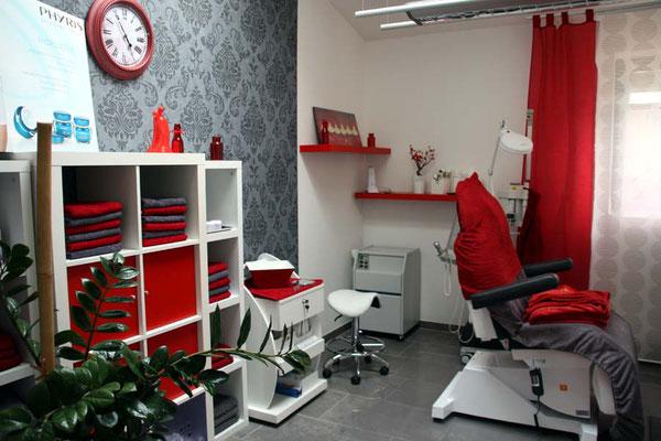 Helle, freundliche  Räume im Schulungsbereich für Permanent Make-up