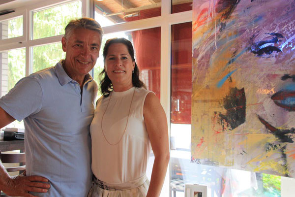 Walter Seiwert entdeckte Jennifer Arnst mit der Kollektion von Pierre Lang auf einer Ausstellung in Meckenheim, war begeistert und holte sie in den TCR