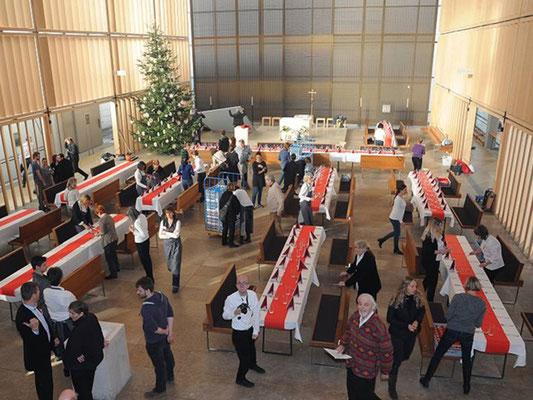 Das Weihnachtsmahl fand am 25. Dezember 2017 erstmalig in der in der Herz-Jesu-Kirche in München statt.