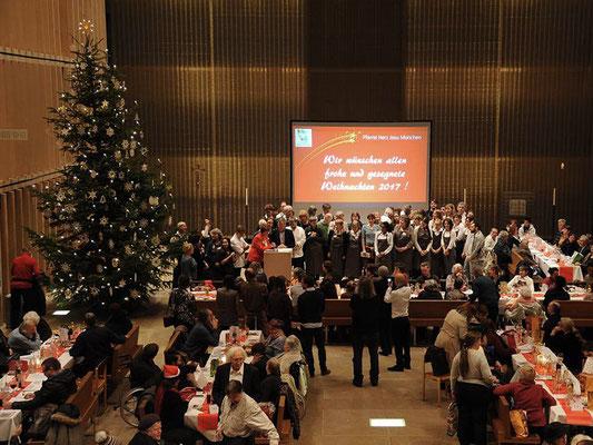 Das Weihnachtsmahl ist mehr als nur ein Essen: es geht darum, für die Menschen da zu sein.