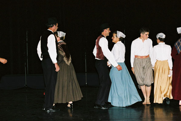 "Association Revival - Spectacle ""Ur Vuhez"" à Sarzeau en 2004 - Photo : David Lédan"