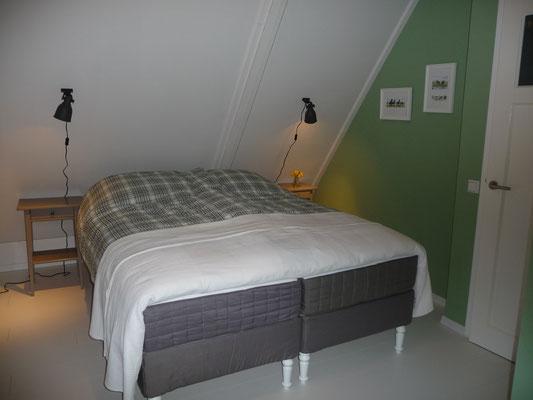 B&B Opperbest, slaapkamer met boxspring
