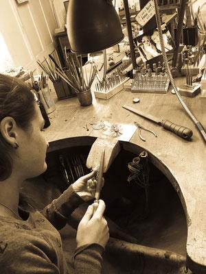 Eine Spezialanfertigung der besonderen Art: Ein Musikspiel in Handarbeit. Atelier der Goldschmiede OBSESSION Zürich und Wetzikon